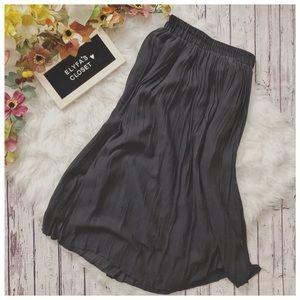 F21 Pleated Maxi Skirt